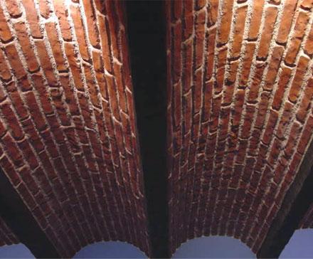 SpazioArreda - Realizzazioni volte in finta pietra e finto mattone